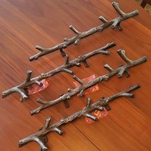 Set of 4 Metal Branch Black  Hook Rack
